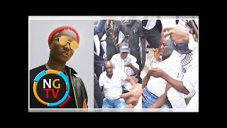 Wizkid reacts to report of Governor Fayose's collapse when police fired teargas.