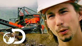 Parker's Most Expensive Machine Breaks Down | New Gold Rush Tuesday 9pm | Discovery UK