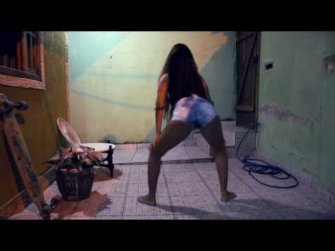 Baixar MC Thaysa - Montagem - DESCONTROLE DO BUMBUM  [DJ XODOZIM]