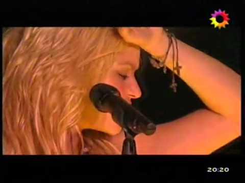 Shakira en Argentina 2011 - Años Luz * Intro + Gitana (Canal 13  Personal Pop Festival)