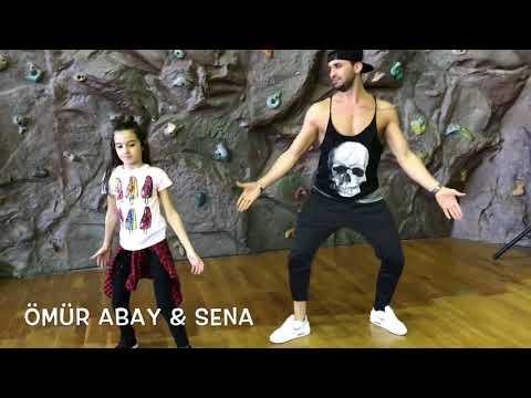 Luis Fonsi , Demi  Lovato - Échame La Culpa / Zumba Fitness Omur Abay & Sena Yılmaz / Zumba Fitness