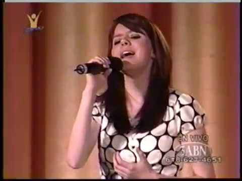 Ana Laura - Mora En Mi - Música Adventista