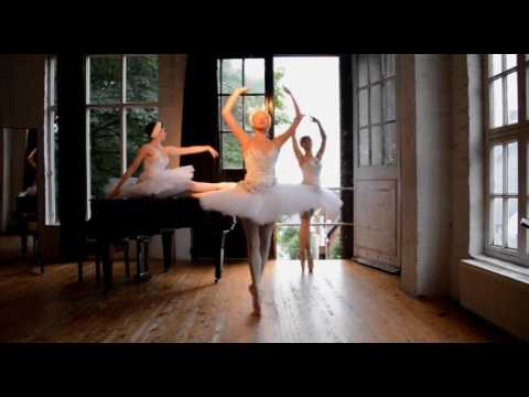 Swan Lake Ballerinas - Available from AliveNetwork.com