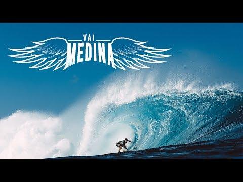 Behind The Scenes with Gabriel Medina | Pipe Masters 2018 | #VaiMedina
