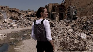 Angelina Jolie visits Iraq's devastated Mosul