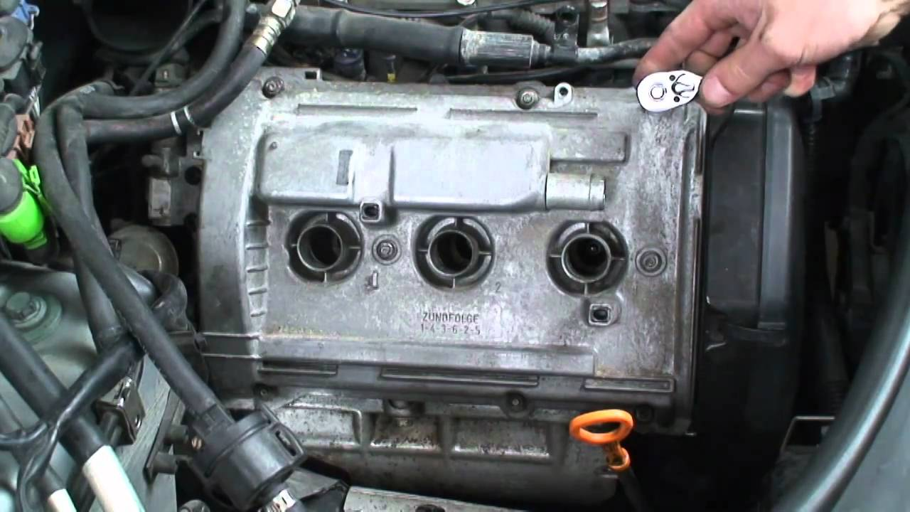 Blauparts How To Replace An Audi Valve Cover Gasket - 3 of ...