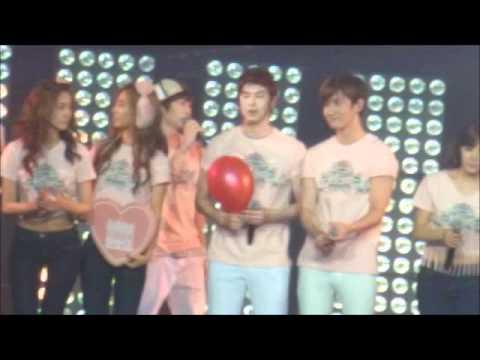[Fancam]SMTOWN Paris Ending TVXQ focus