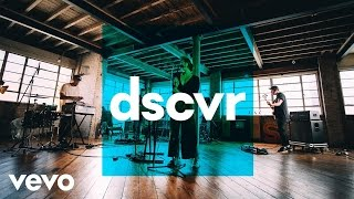 Fickle Friends - Cry Baby - Vevo dscvr (Live)