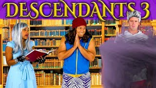 DESCENDANTS 3 UMA TURNS CARLOS AND JAY ROTTEN TO THE CORE. (Totally TV Parody)