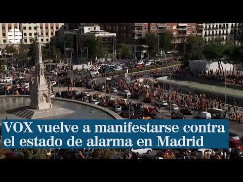 VOX vuelve a manifestarse en coche contra el estado de alarma en Madrid