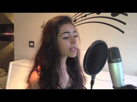 Baixar Miley Cyrus - We Can't Stop (Cover by Laura Khoshaba)