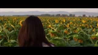 Oratnitza - Oratnitza feat. Kipri - Tzurni Ochi