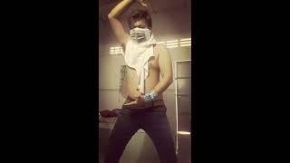 Hotboy ToNguyen Biến Hóa Xuyên Tường Như phim Kiếm Hiệp