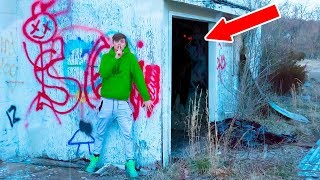 EXPLORING ABANDONED TOWN!! (HAUNTED)