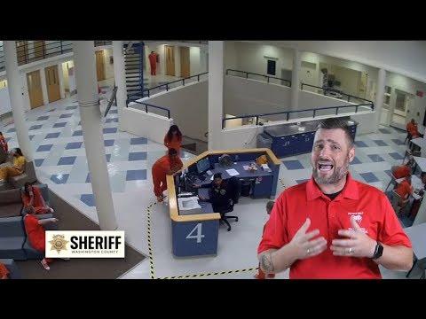 Washington County Inmate Jumps Guard