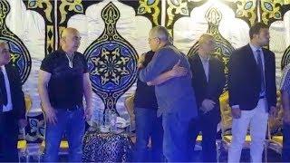 شوبير ووليد صلاح الدين أول الحاضرين في عزاء شقيق حس ...