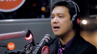"Richard Reynoso sings ""Paminsan Minsan"" LIVE on Wish 107.5 Bus"