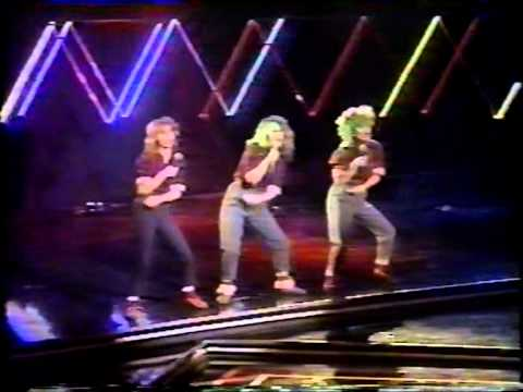 Bananarama  Shy Boy (live at the Rock Pop Awards)