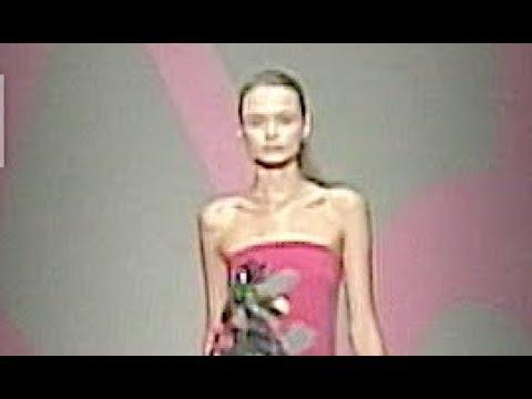 DKNY Spring Summer 2010 New York - Fashion Channel