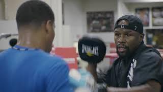 Floyd Mayweather training Devin Haney