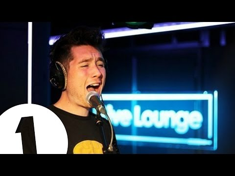 Baixar Bastille cover Miley Cyrus' We Can't Stop in the Live Lounge