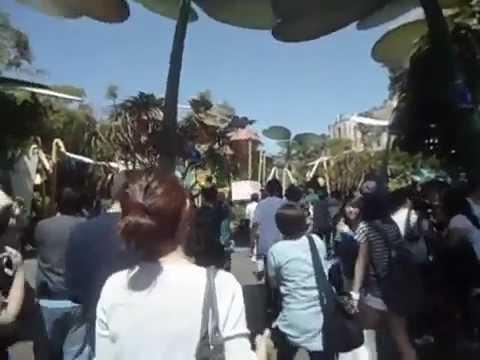 120519 EXO Suho Luhan Kai with fan @ Disneyland L.A 엑소 Disney Adventure