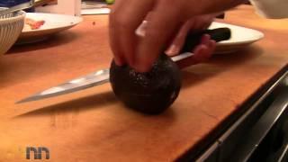 איך לחתוך אבוקדו