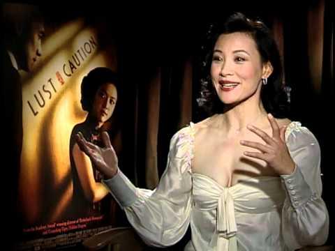 Desnudo fotos chen Joan
