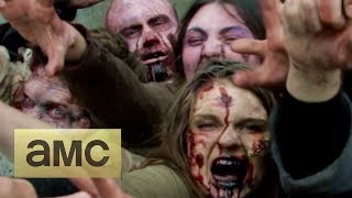The Walking Dead Zombies Prank In NYC!