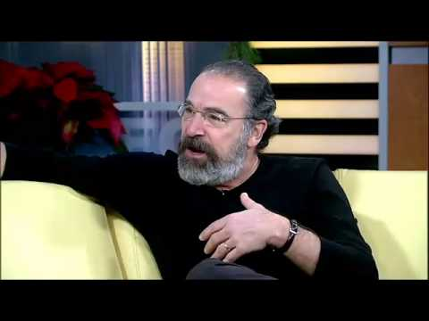 Mandy Patinkin Interview interupted - YouTube