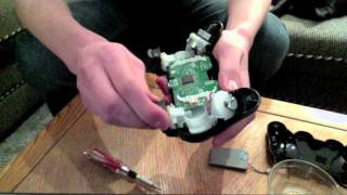 How to take apart a PS3 controller (Sixaxis)