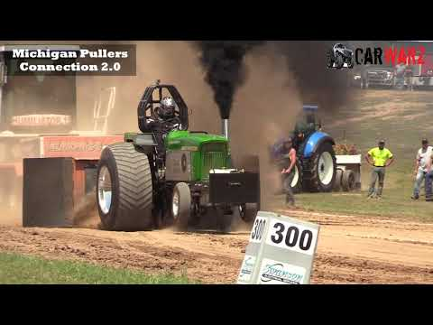 Light Limited Super Stock Tractor Class At WMP Tractor Pulls In Morley Michigan 2018
