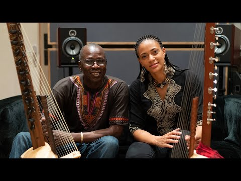 Ballaké Sissoko ft. Sona Jobarteh - Djourou (Official video)