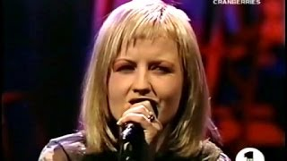 The Cranberries - Ode to my Family (Acoustic Live)