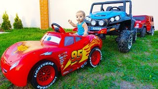 Doll and Funny Max Driving Car. Cars Collection