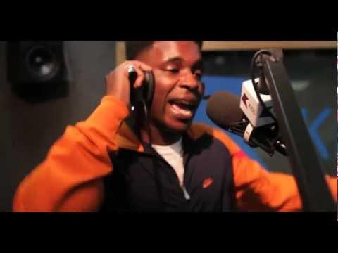 Logan Sama w/ JME, Tempa T + Frisco LIVE BARS on @KissFMUK - 2012/14/05