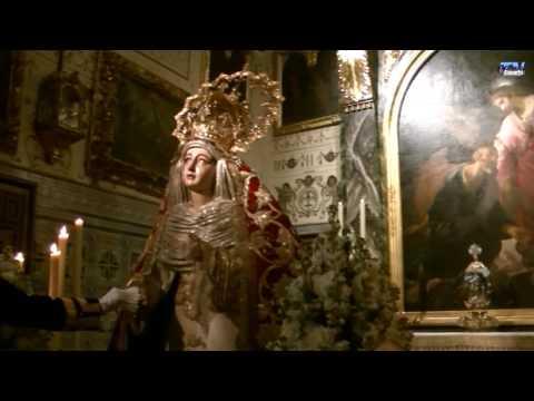 Besamanos Virgen Madre de Dios de la Palma - Hermandad del Cristo de Burgos -
