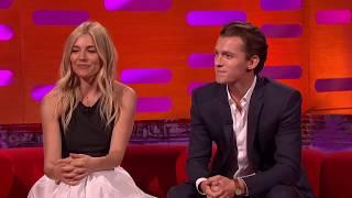 The Graham Norton Show S21E11 720p Mark Wahlberg, Sienna Miller, Tom Holland
