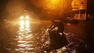 Deluge begins as Hurricane Florence hits US east coast