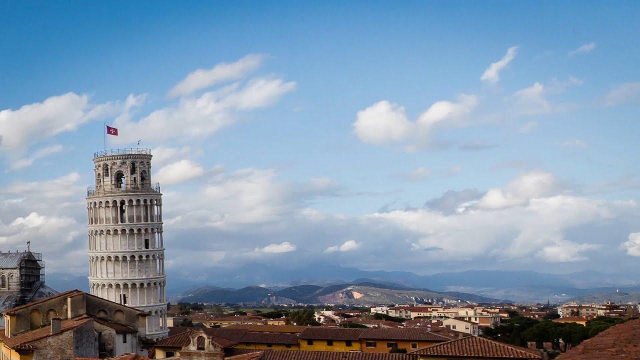 La tour de Pise en time lapse