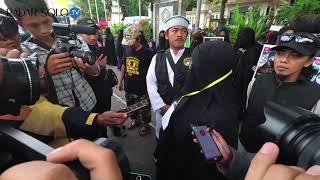 Muslimah Bercadar Tegaskan Mereka Bukan Teroris
