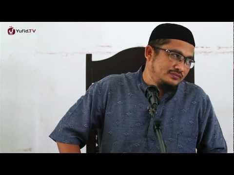 Keindahan Semu yang Menipu - Ustadz Abdullah Taslim, MA.
