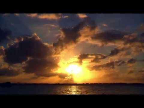 Indila - Mini World (Music Video)