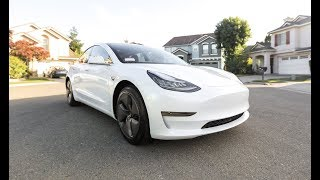 ORDERING A TESLA MODEL 3!!! (CHECKOUT + DELIVERY)