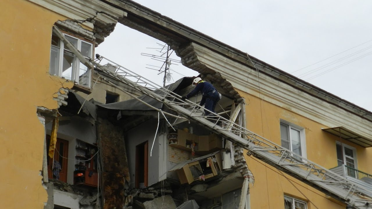 Волгоград: три человека погибли при взрыве бытового газа