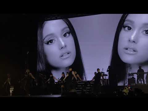 Ariana Grande Dangerous Woman Tour Live Singapore F1 Race Concert