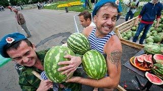 Для празднования дня ВДВ закупили 20 тонн арбузов для десантников