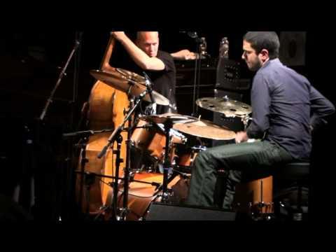 LIVE Avishai Cohen trio en Madrid, Amir Bresler drum solo