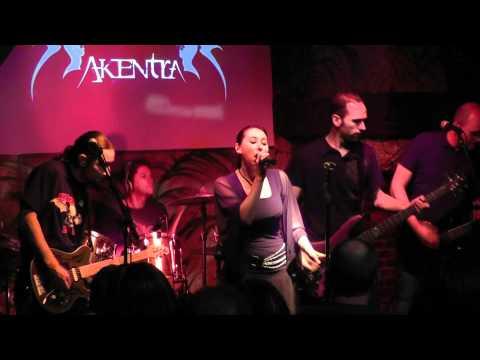 Akentra - Alive - Live 2011 à L'Iguane café