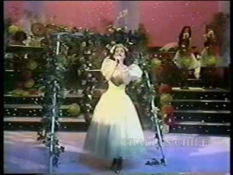 THALIA - QUINCEAÑERA (LIVE)